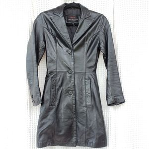 Luis Alvear Genuine leather black trench size P